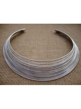 Silver Wire Collar Necklace