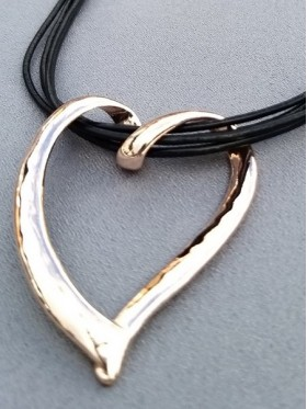Twist Rose Gold Heart  Leather Necklace